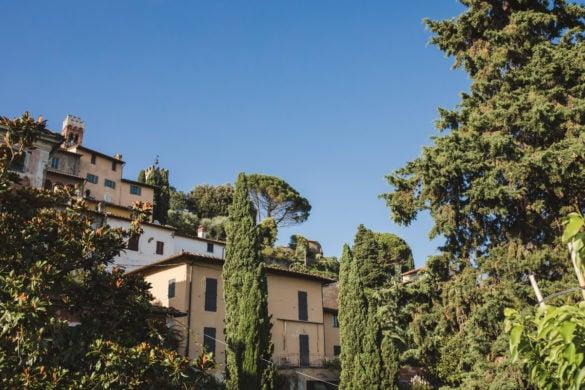 Romantisches Dorf in der Toskana