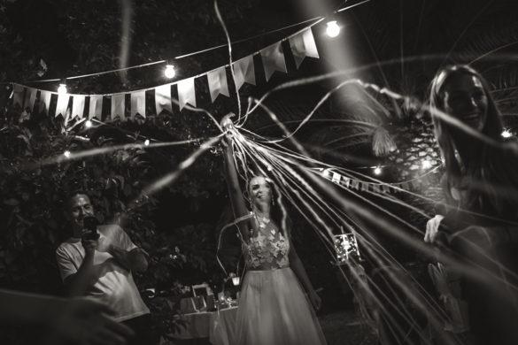 Die Braut lanciert Konfetti