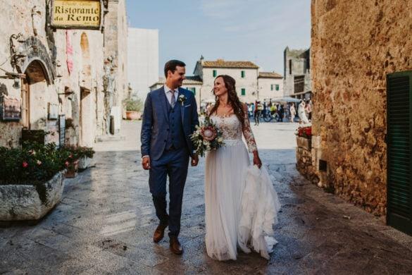 Braut und Bräutigam Fotosessions Straßen in Monteriggioni