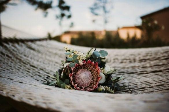 Brautstrauß Artischocke Herzblume Blume
